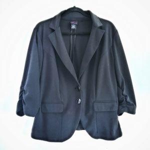 Torrid Black 2 Button Slouch Sleeve Jacket Size 0